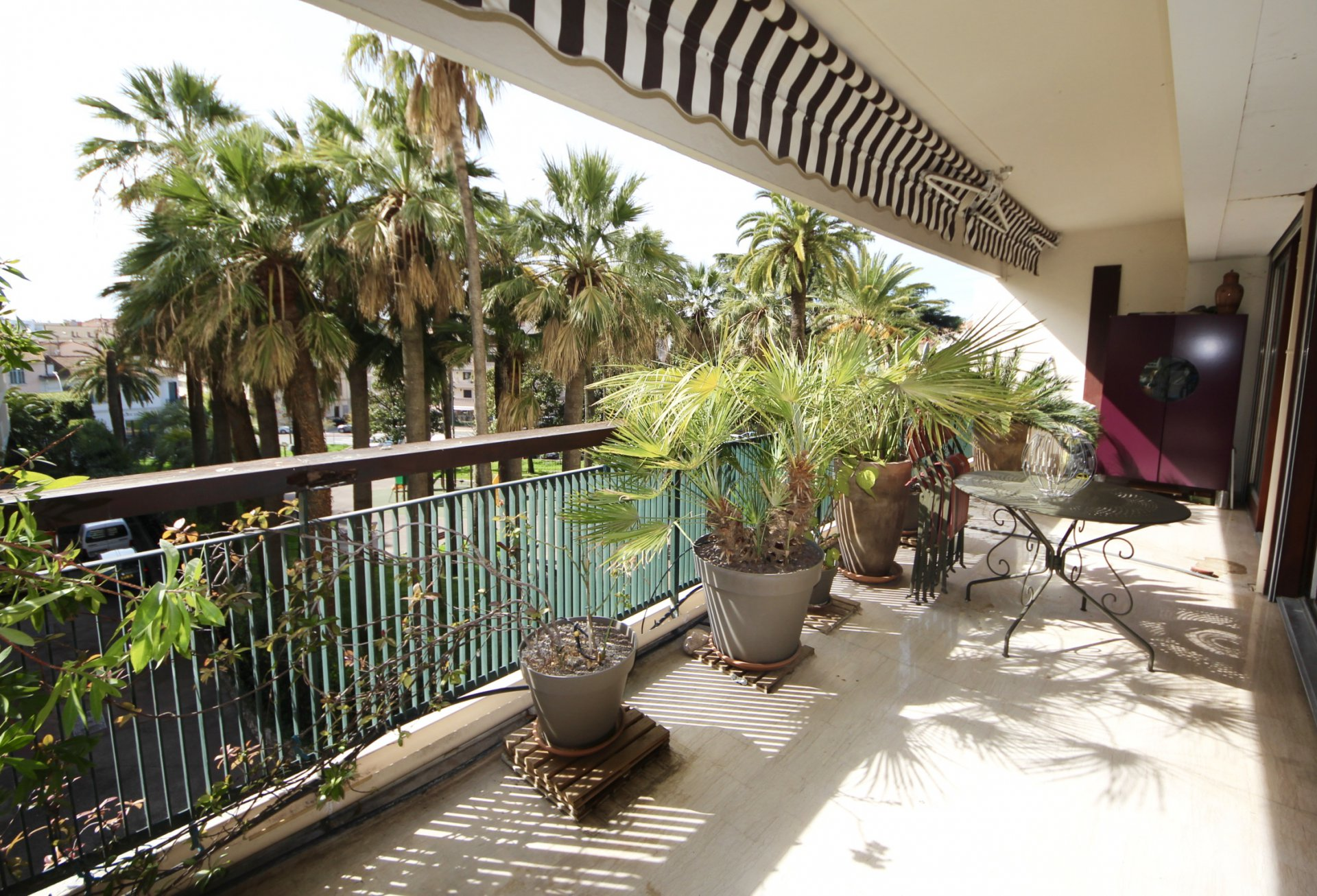 Cannes Montfleury, modern 3 bedrooms appartment 105sqm right near the Croisette