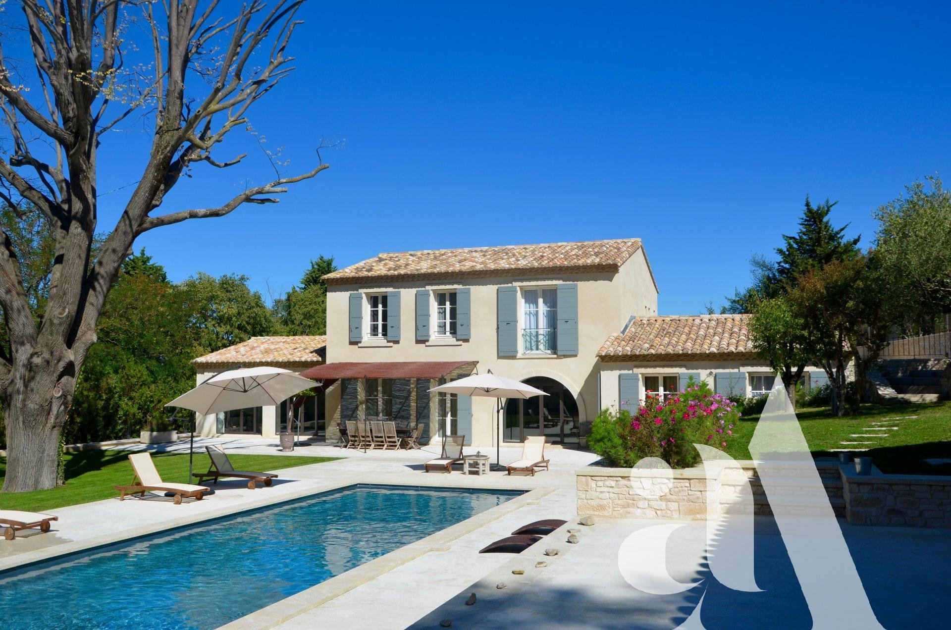 FRIENDS MAS - Saint-Remy de Provence - Alpilles - Provence - 5 BEDROOMS - 10 PEOPLE