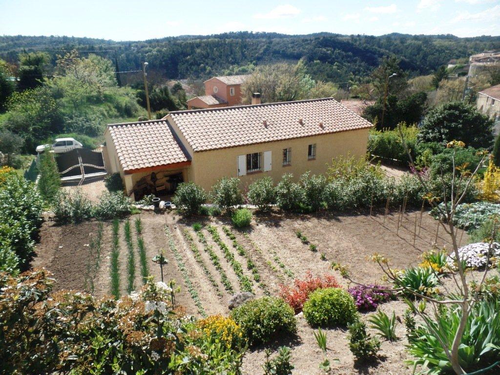 Villa neuve de plain pied varages for Villa neuve