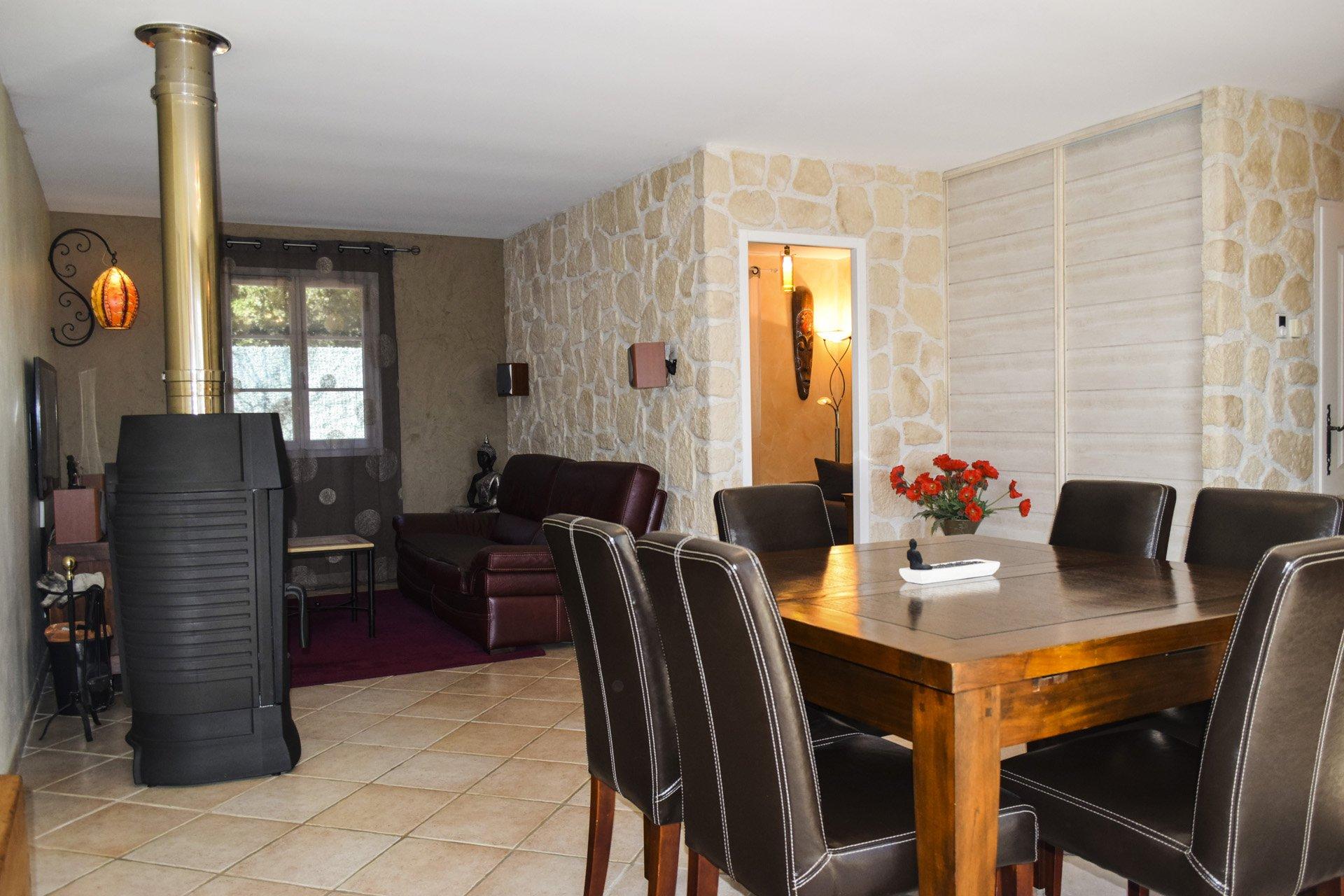 Jolie maison de qualité avec piscine chauffée Var Provence séjour