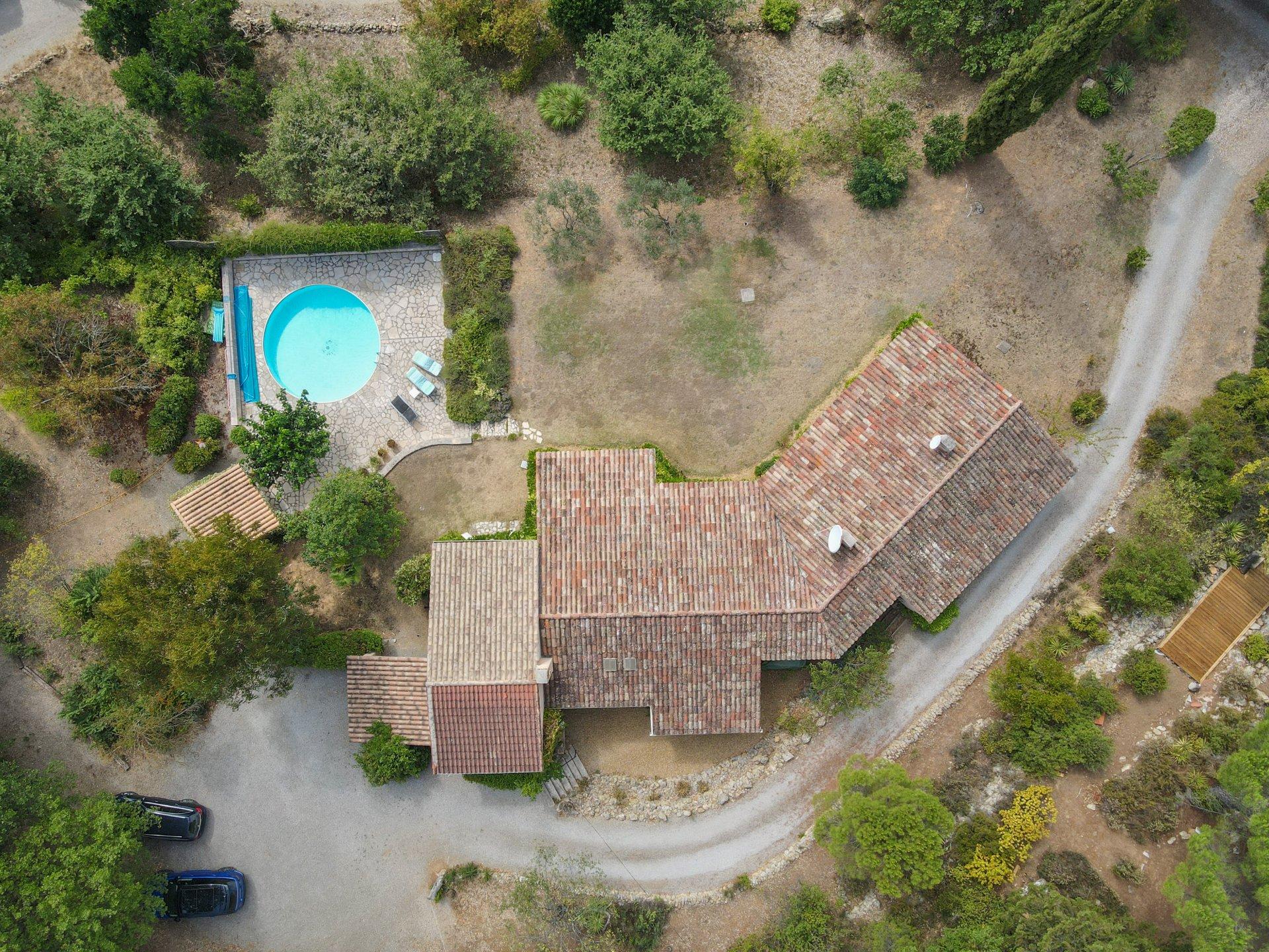 Sale House - Saint-Antonin-du-Var - France