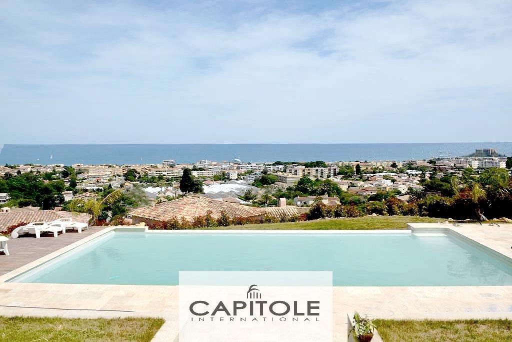 Antibes.  Panoramic sea view, spacious  villa of 300m²