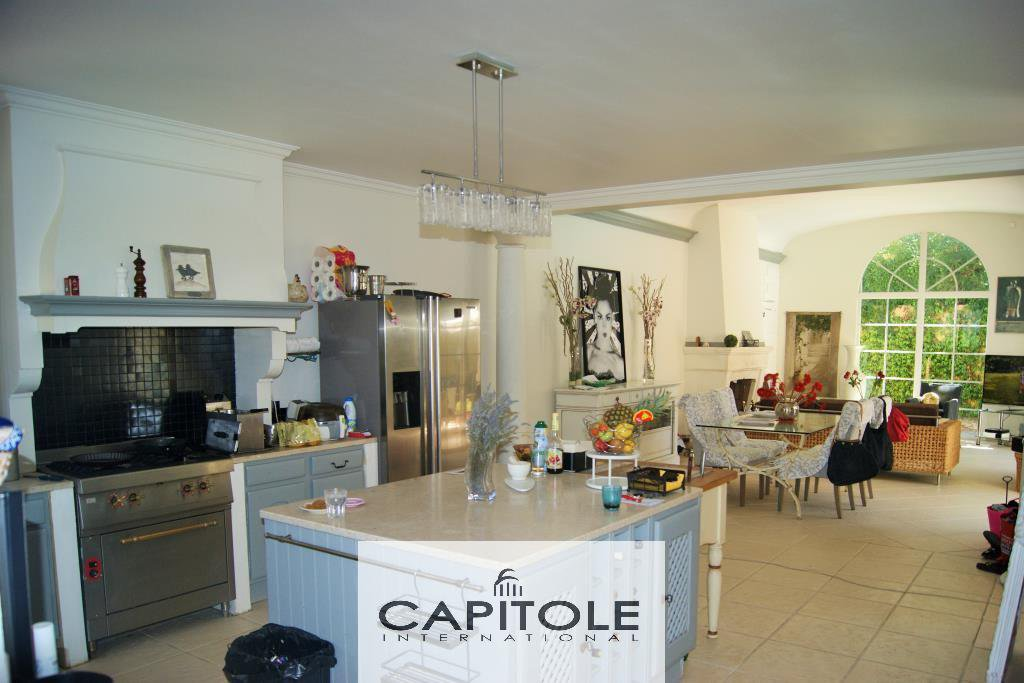 For sale, Antibes residential, property of 2 villas, pool, garden, double garage