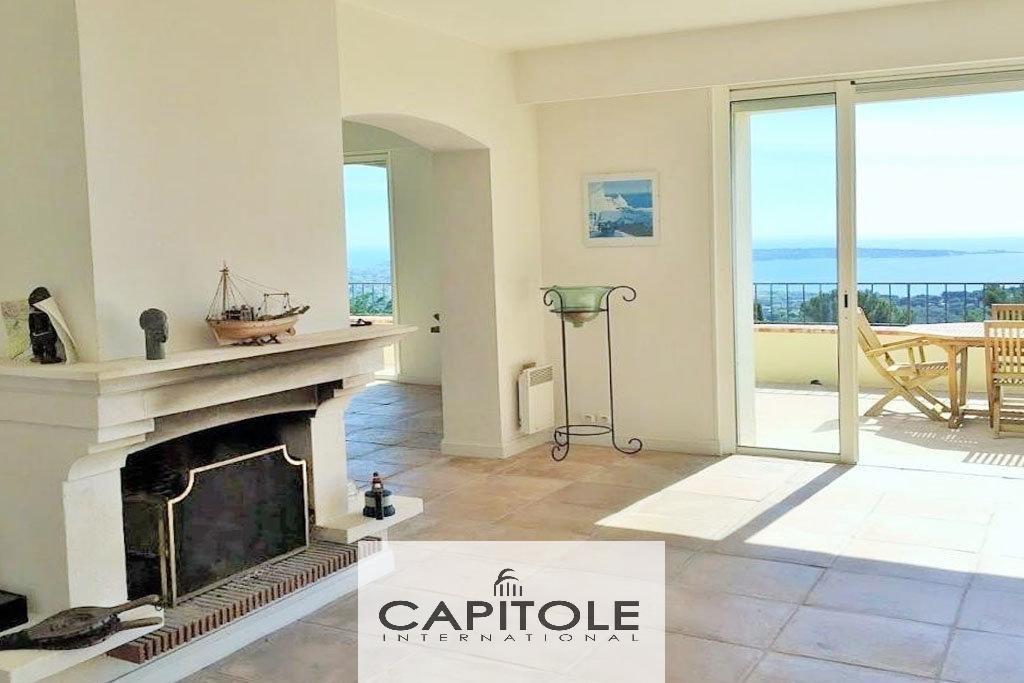 For sale, Golfe-Juan,  villa 250m², panoramic sea view, pool, garage