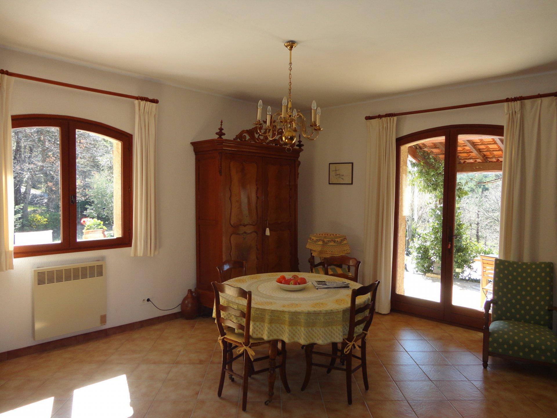 Fayence area:  spacious house