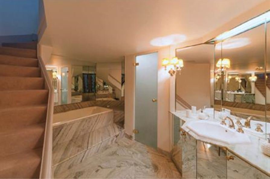 Bathroom, tile