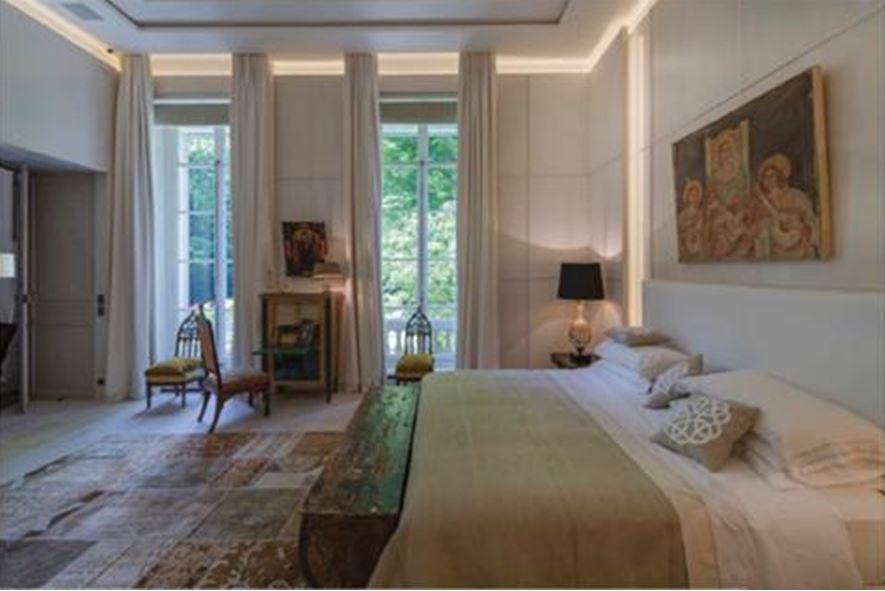 Master Bedroom, natural light, fireplace, tile