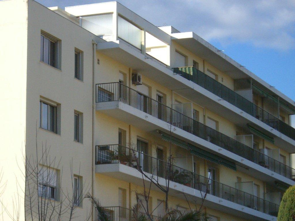 Vente appartement juan les pins 850 000 for Appartement vente