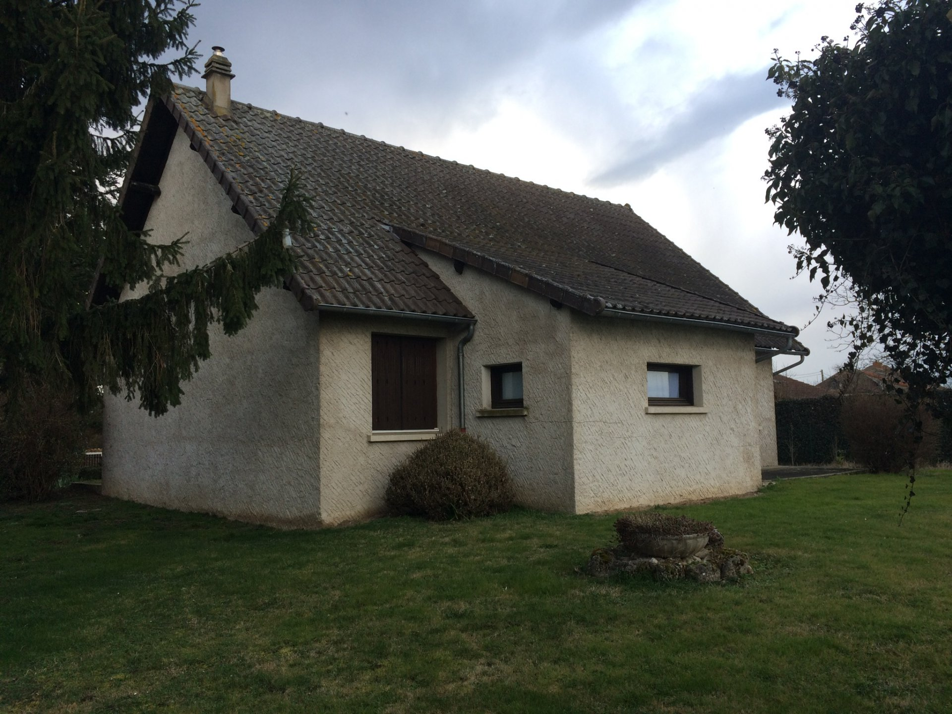 Sale Village house - Le Mayet-d'École