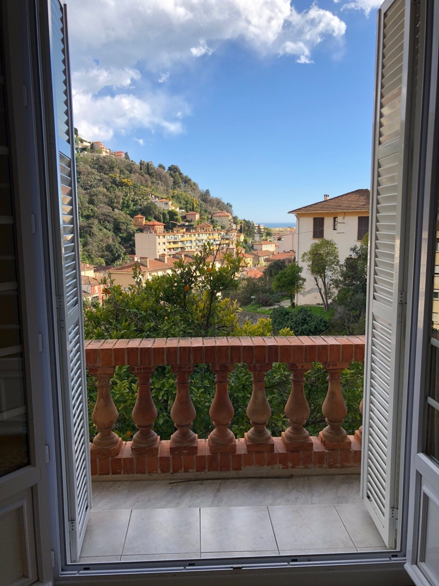 Menton real estate - studio with balcony for sale.