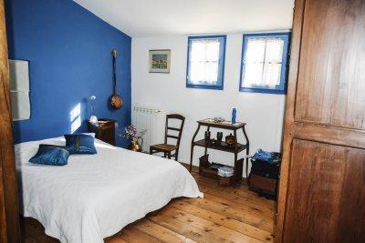 Chambre 4 de la Bergerie en pierre autonome bargemon Var Provence