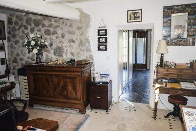 Bureau de la Bergerie en pierre autonome bargemon Var Provence