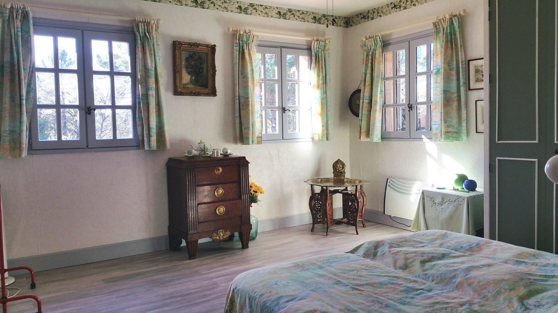 Montauroux: villa spacieuse sur grand terrain