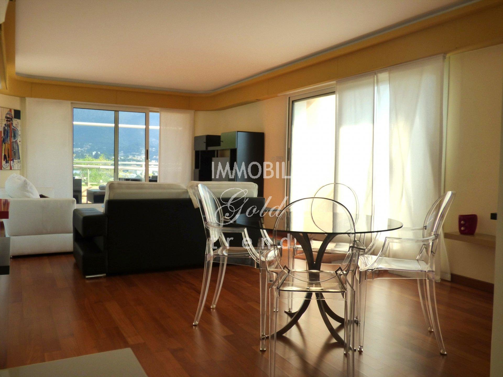Real estate Roquebrune Cap Martin - For sale, wonderful penthouse apartment with panoramic view situated on the Plateau of the Cap Martin