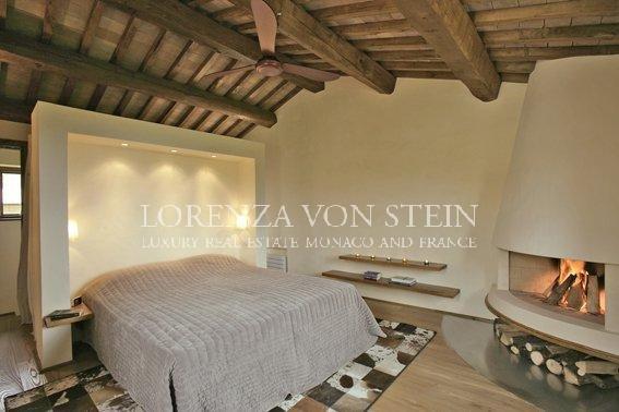 Traditional tuscan villa