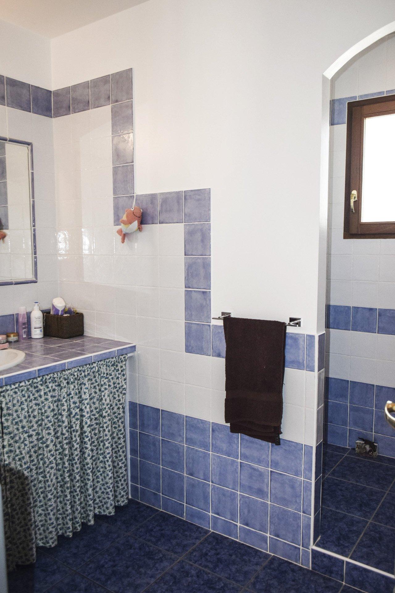 salle d'eau de la villa récente 5 chambres, piscine, appartement indépendant, moissac bellevue, var provence