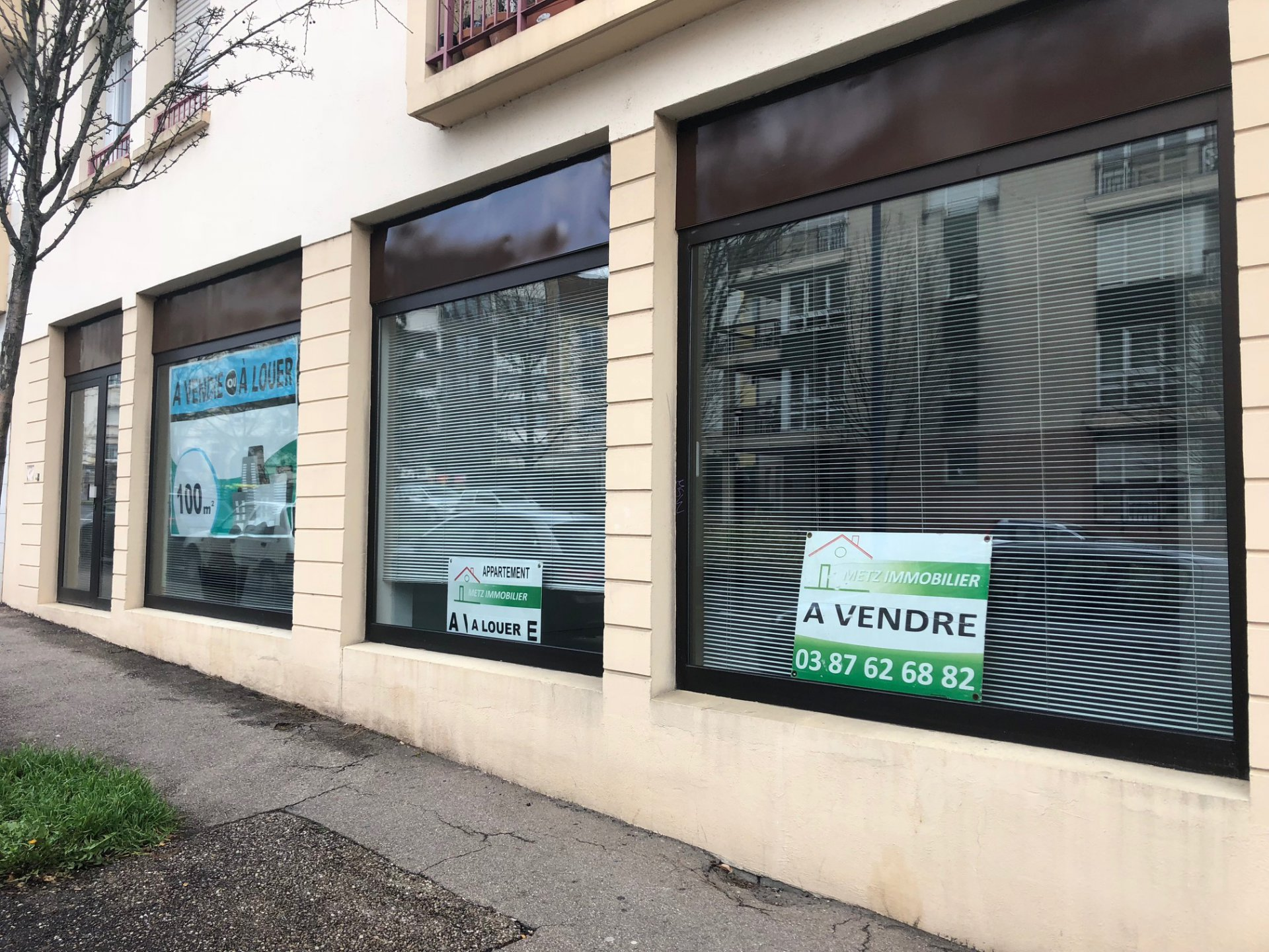 Local sur Metz (Sablon) 100 m²