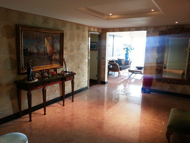 7 Rooms apartment Saint Roman