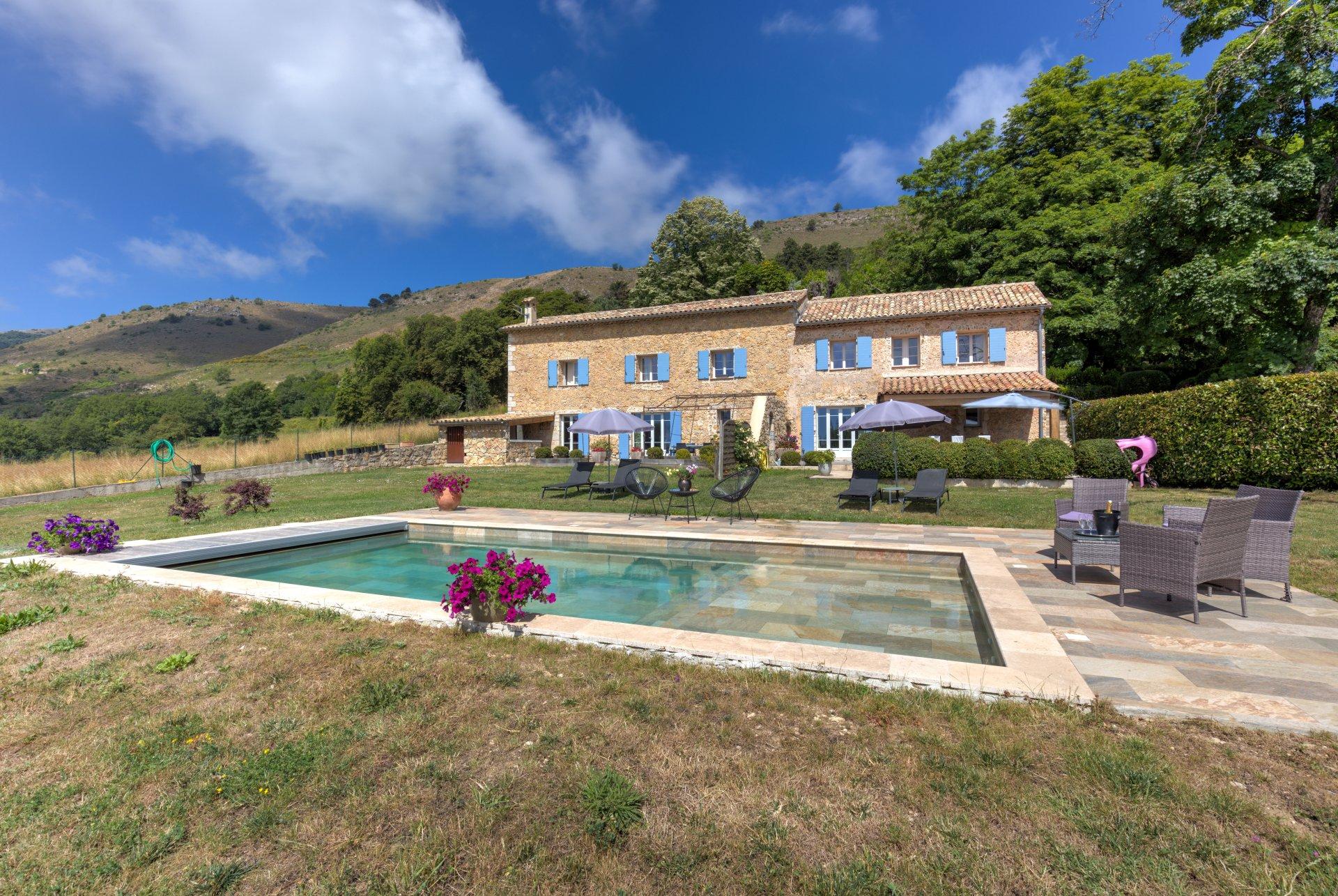 Verkauf Haus - Tourrettes-sur-Loup - Frankreich