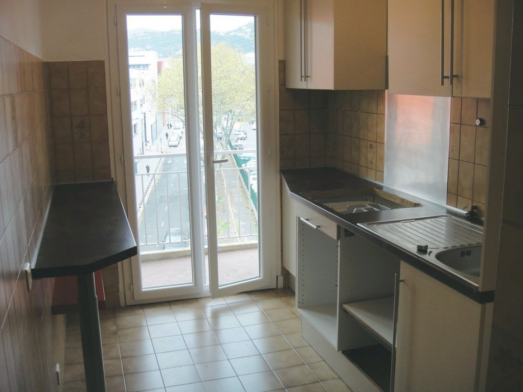 Sale Apartment - Nice Saint Jean d'Angély