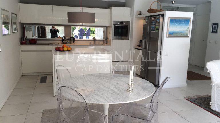 Location saisonnière Appartement - Juan-les-Pins Cap-d'Antibes