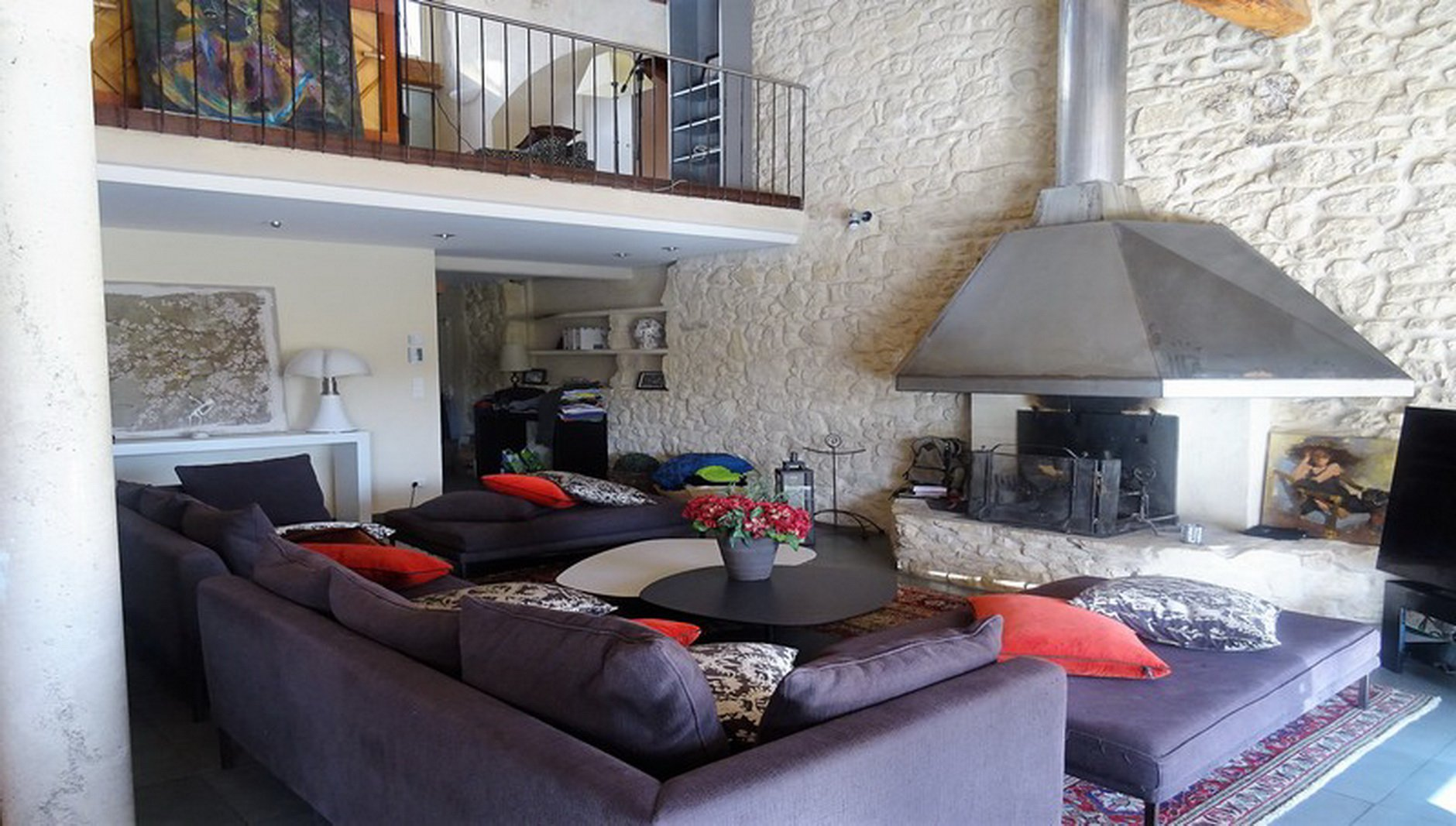 Magnificant Duplex In The Center Of Narbonne With Pool