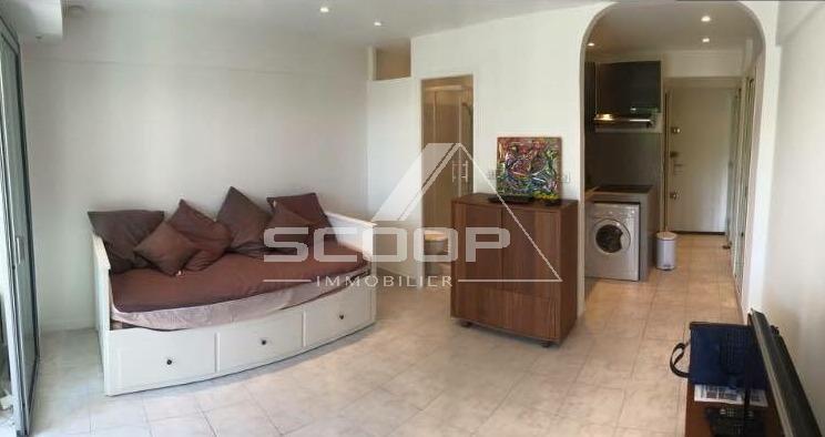 Rental Apartment - Juan-les-Pins Bord de Mer