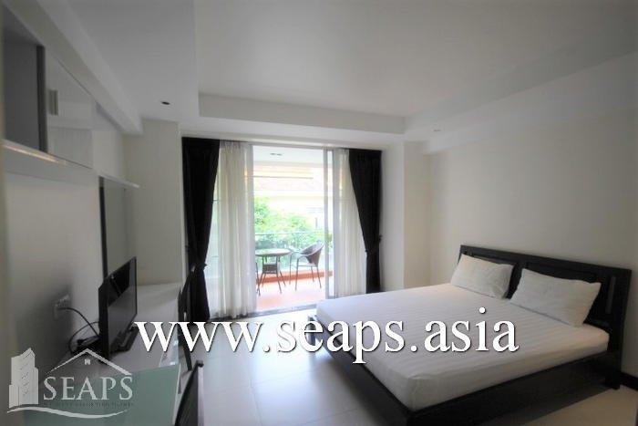 WESTERN STUDIO ROOM APARTMENT NEAR ROYAL PALACE