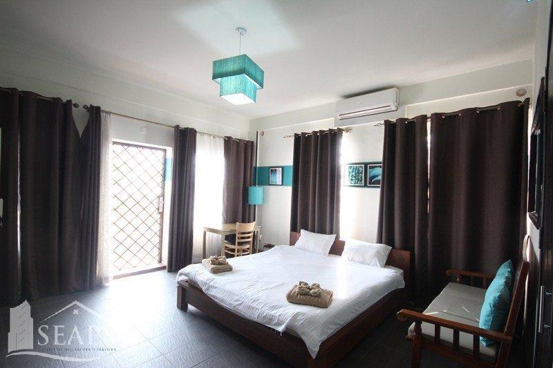 STYLISH 1 & 2 BEDROOM APARTMENT IN BKK2 AREA.