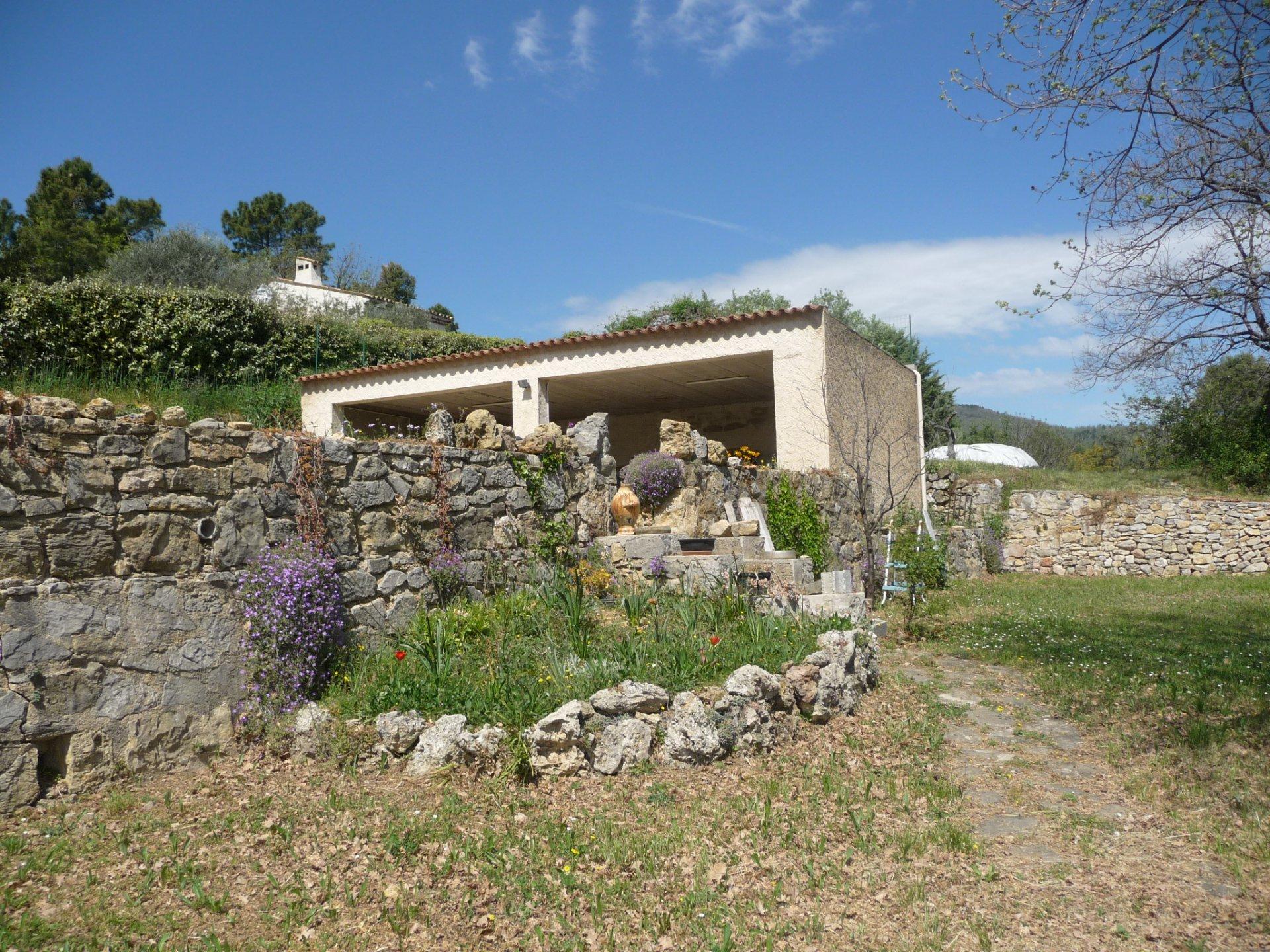 Pays de Fayence villa on a nice plot of 1800m²