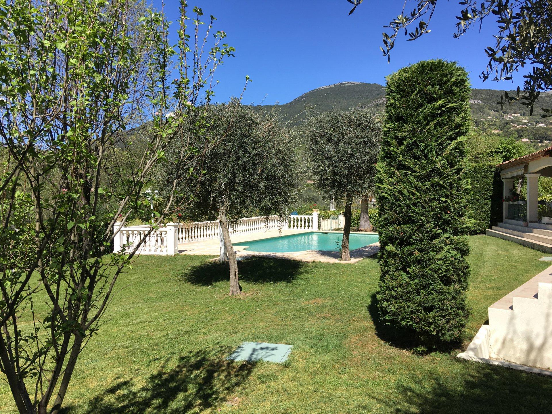 Tourrettes sur Loup - Villa  5 Pièces Piscine