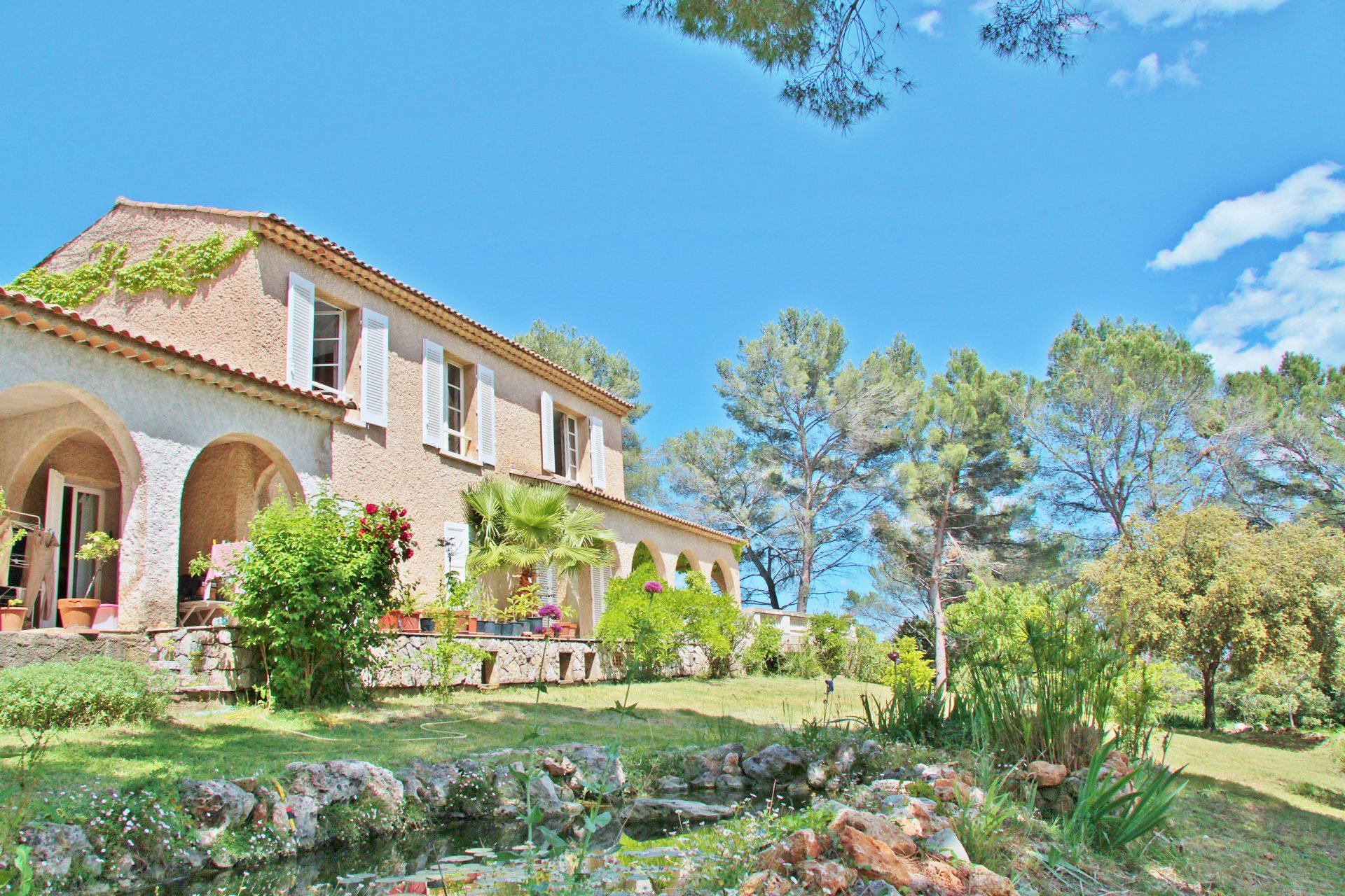 Charming property with panoramic view of the Massif