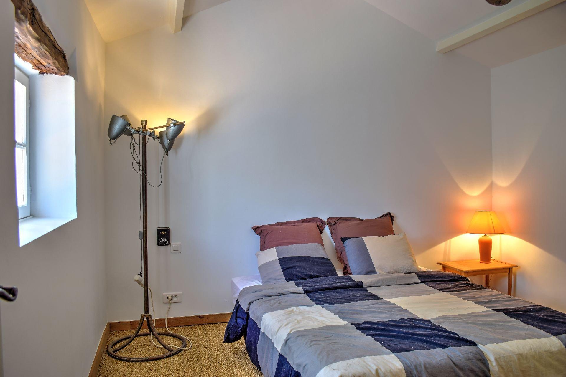 First floor bedroom, Lorgues, Var, Provence