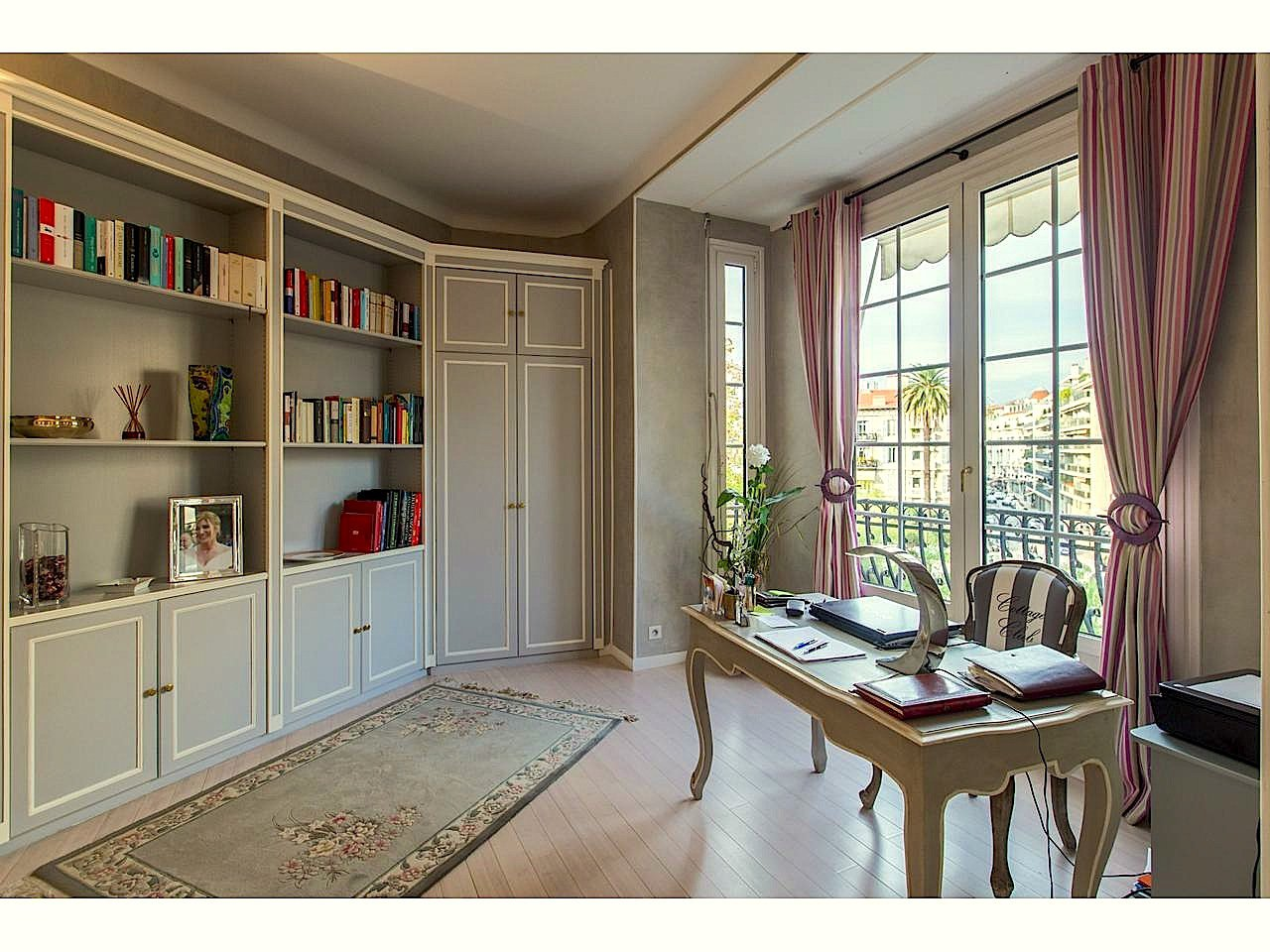 Sale Apartment - Nice Musiciens Musiciens - 990,000 €