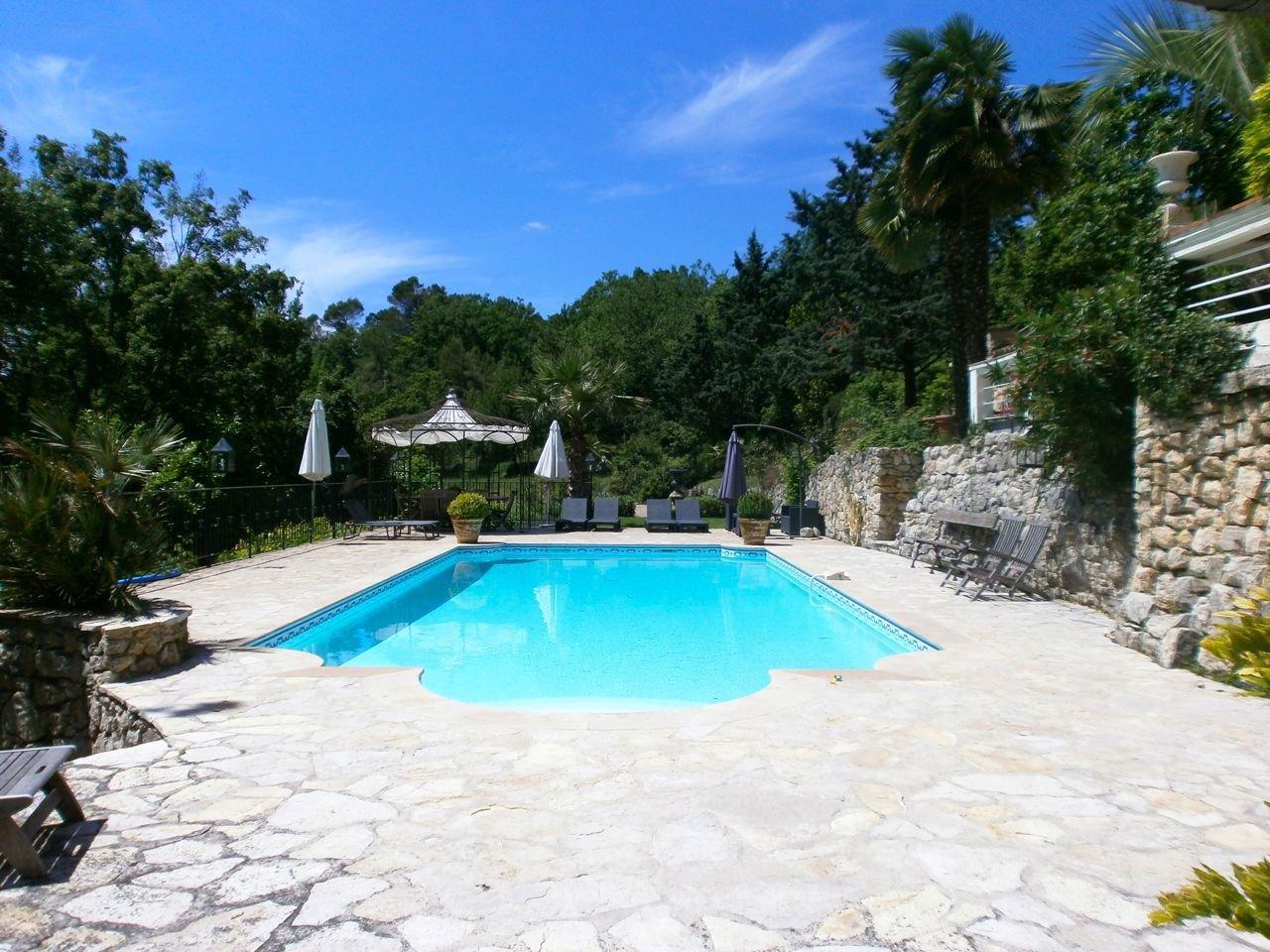 Sale Property - Saint-Paul-en-Forêt