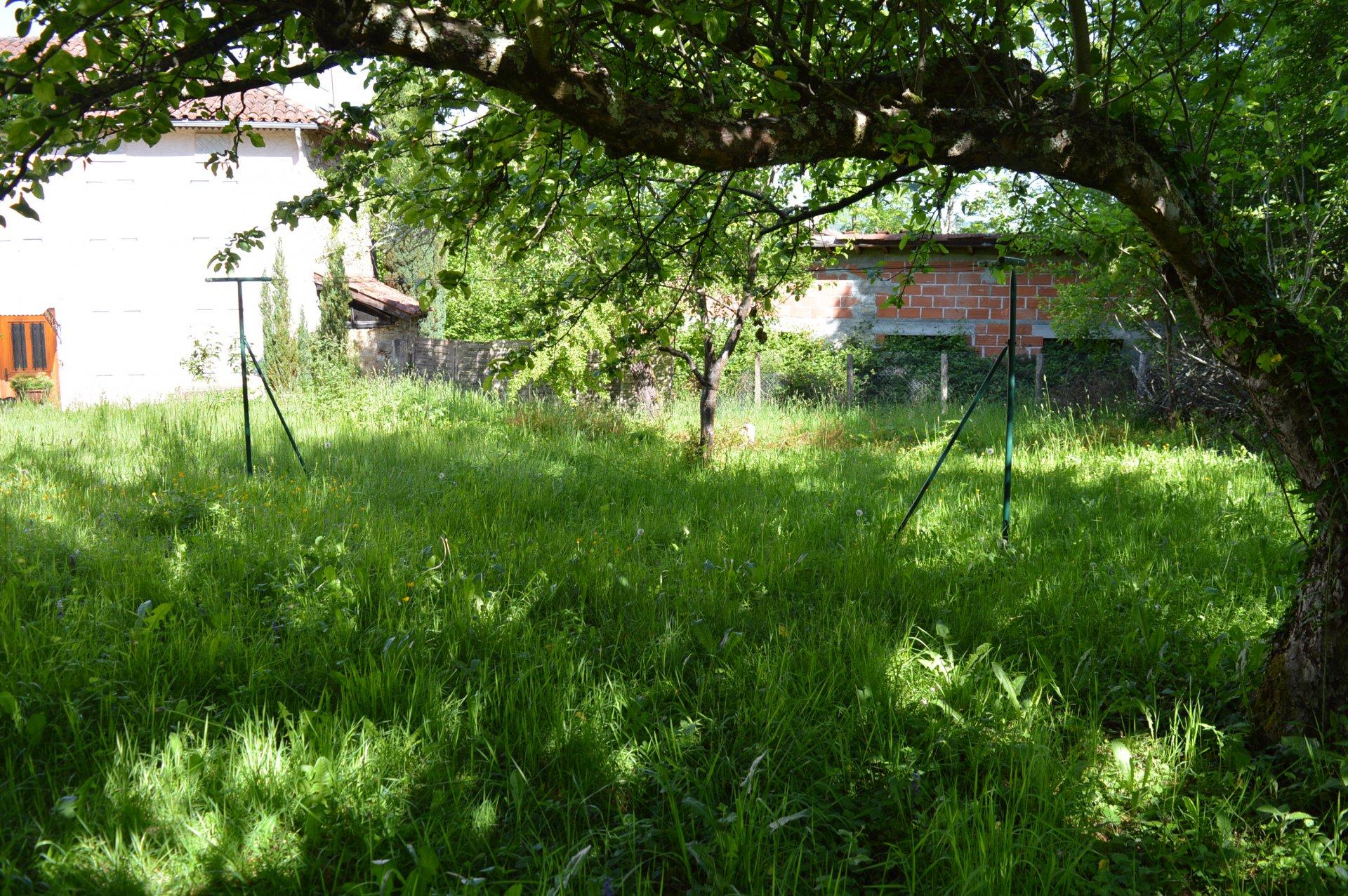 Sale Farm - Juzet-d'Izaut