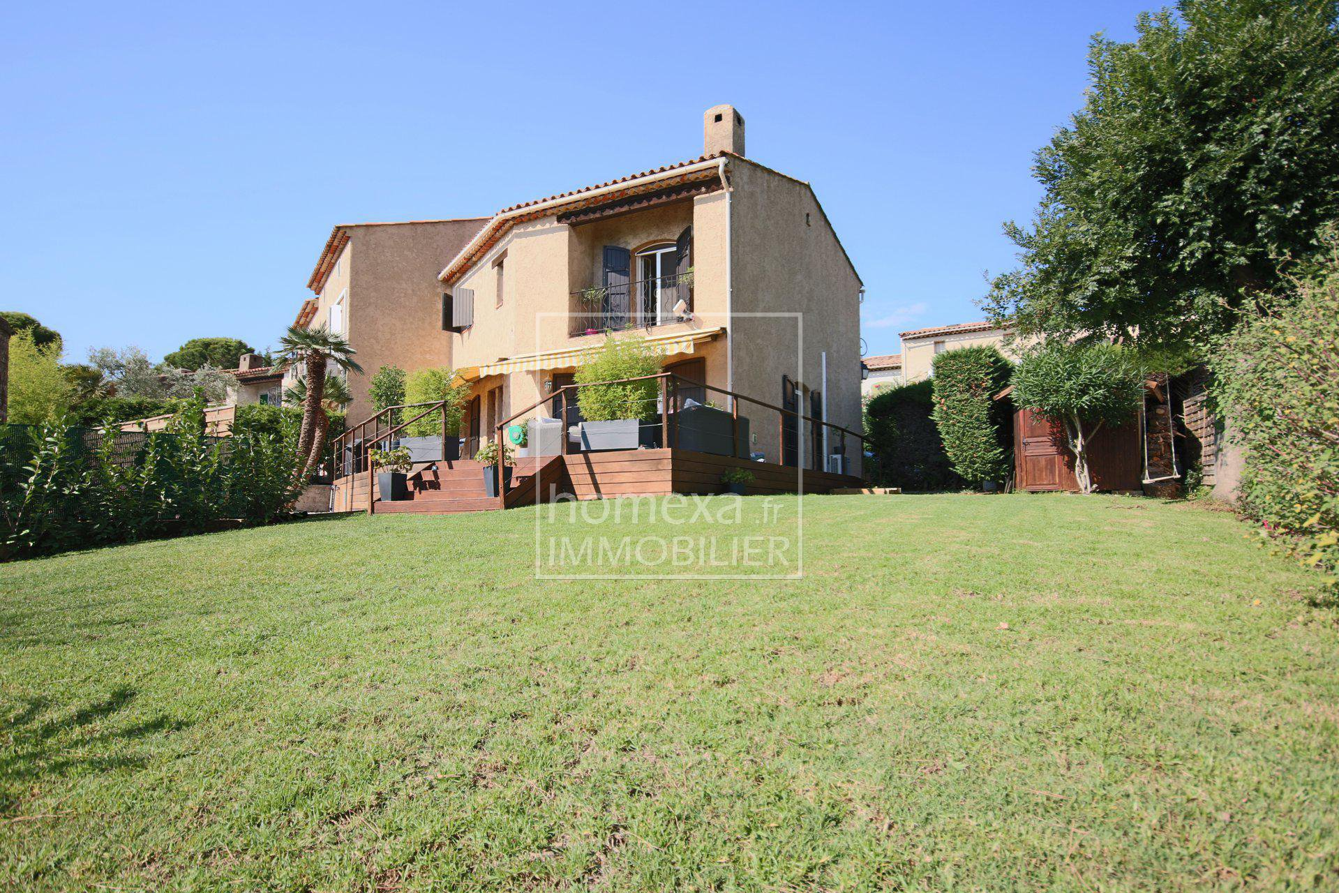 French riviera holiday rental : house in Antibes in private gated domain with pool and tennis