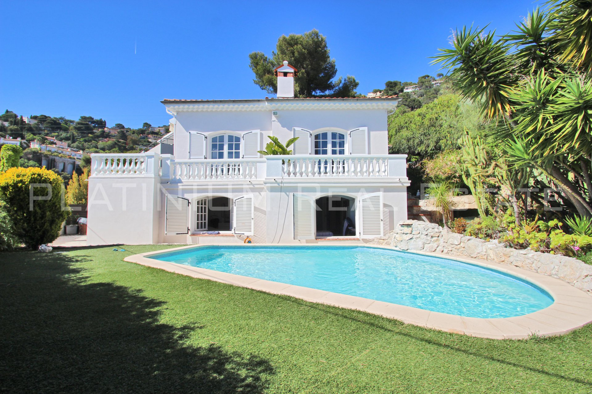 "VILLEFRANCHE ""Corne d'Or"" 