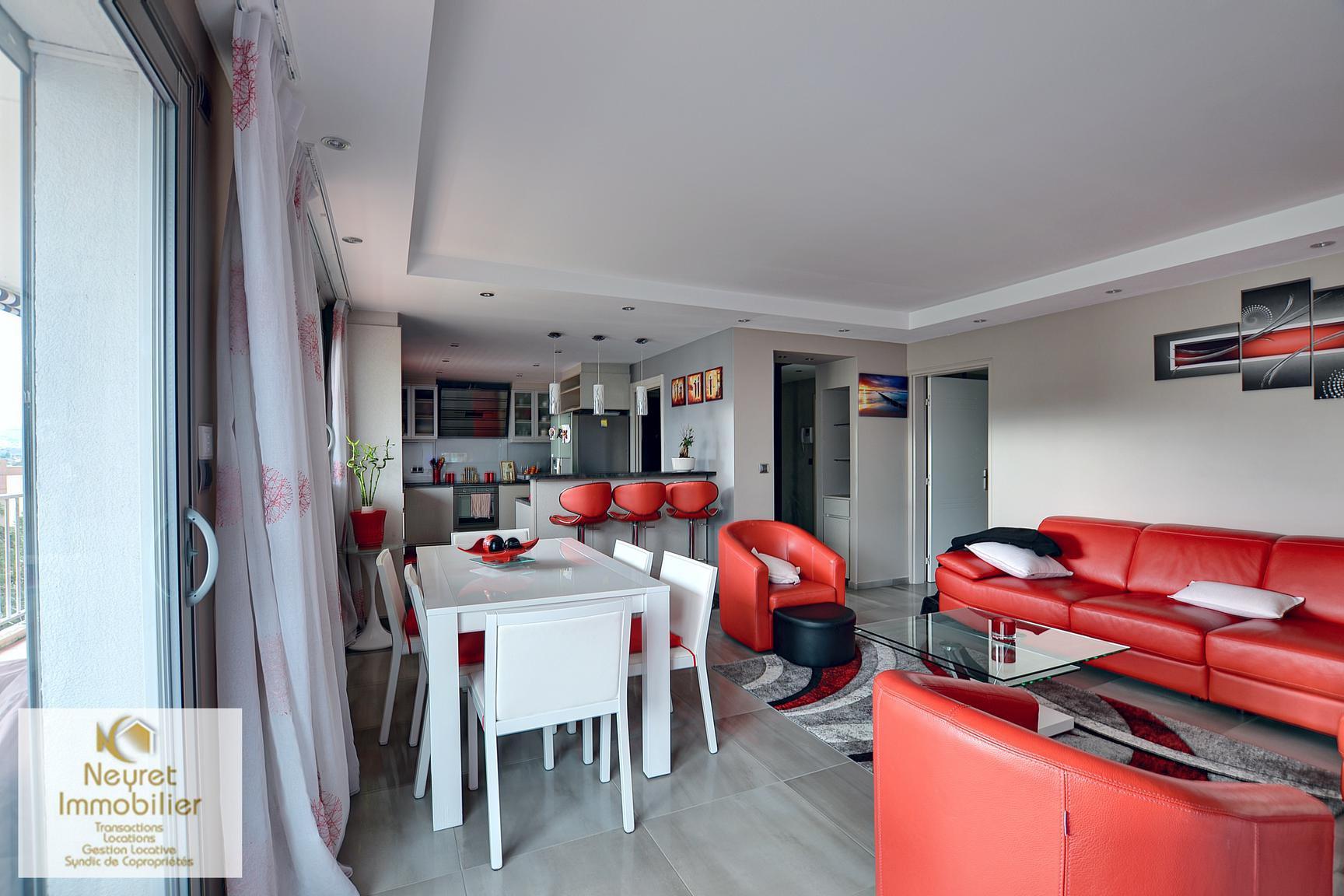 Appartement familial rénové Lyon 9 limite Tassin