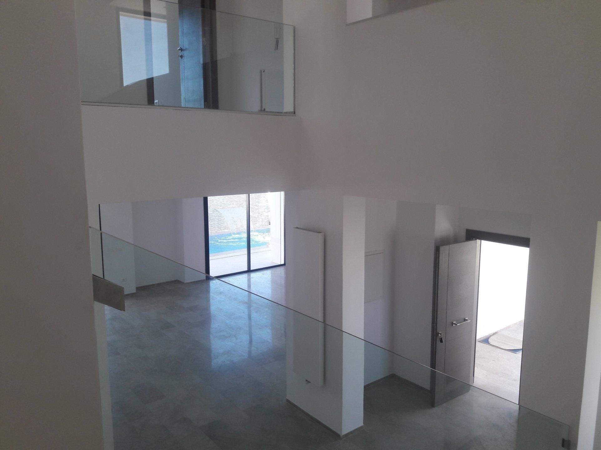 A vendre une villa de 600m² dans la Zone Touristique de Gammarth