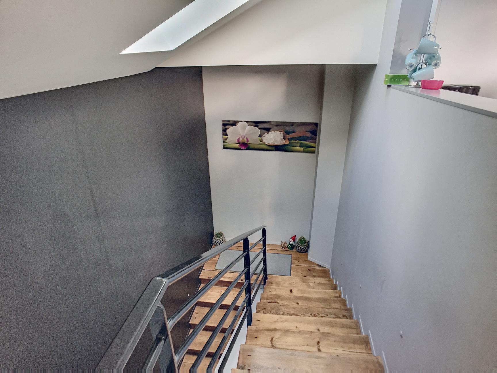 Duplex T4 100m² avec tropézienne